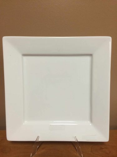 China & Dinnerware - Square White Dinner Plate Rental
